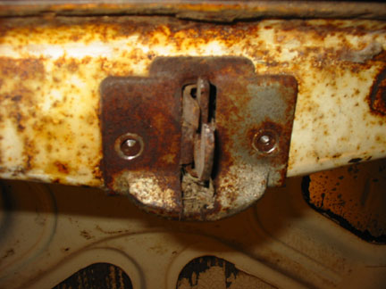 56 trunk latch